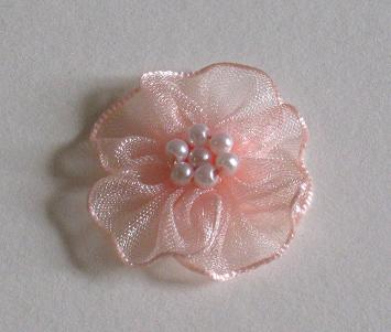 organza blumen mit perlen pfirsich 3 cm satinr schen und ranken organza blumen. Black Bedroom Furniture Sets. Home Design Ideas
